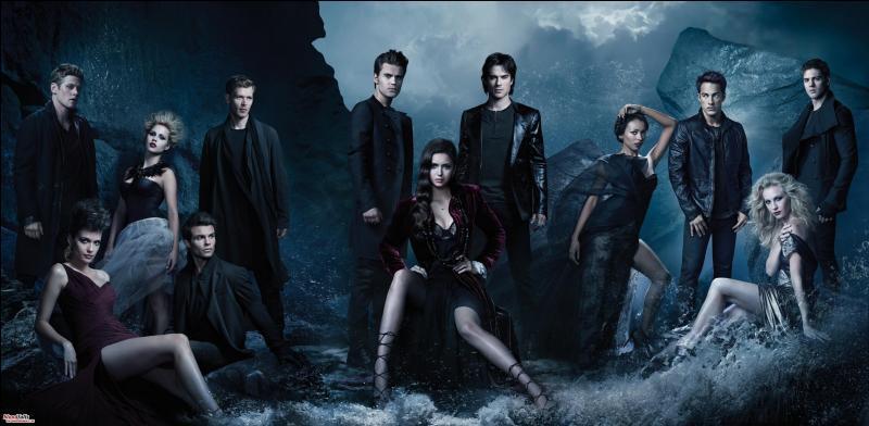 Dans la saison 5, épisode 22, quels vampires et hybrides sont morts et sont redevenus vivants ?