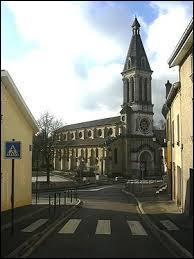 Nous sommes à Villers-lès-Nancy, une ville située dans le département n° ...