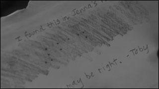 Quel est le message en braille que Toby donne à Spencer dans la saison 1 ?