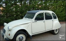 Quel âge doit avoir un véhicule pour être classé parmi les véhicules historiques ou de collection ?
