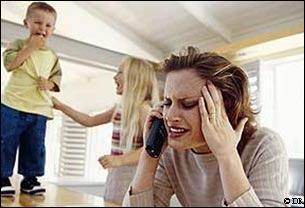 Lorsqu'un enfant est un peu trop débordant, d'énergie, n'arrive pas à se concentrer, on dit qu'il est ...