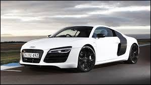 Autant rapide que belle, comment se nomme cette voiture de chez Audi ?