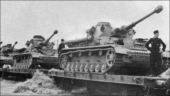Quel environnement les chars de combat devaient-ils éviter par-dessus tout sans le soutien de l'infanterie ?