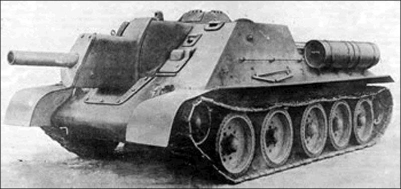 Le SU-122, modèle russe, était ...