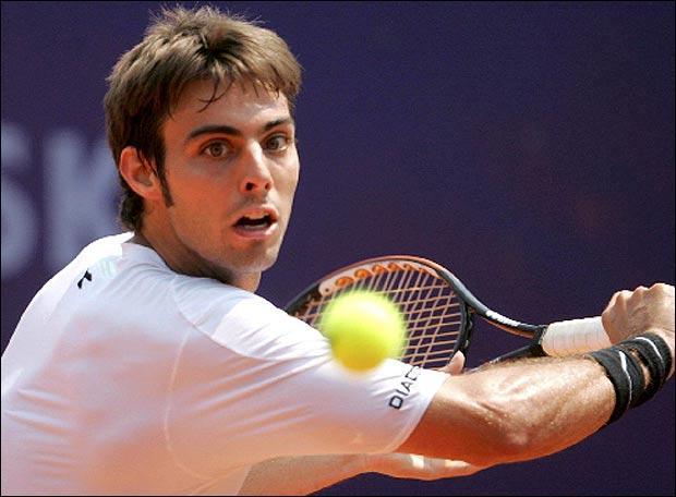 Il a joué en double avec Marc López, en finale du tournoi de tennis Roland-Garros en 2014 contre la paire française Julien Benneteau et Édouard Roger-Vasselin. Qui est-ce ?