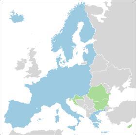 Quel espace de libre-échange sans barrière douanière entre les pays membres entre t-il en vigueur le 26 mars 1995?
