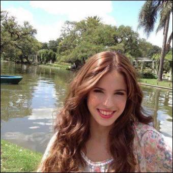 Qui joue le rôle de Camila ?
