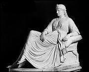 Qui est cette puissante reine légendaire ayant fondé Babylone et édifié les jardins suspendus ?