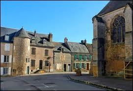 Nous nous promenons dans les rues de la commune Nivernaise de Saint-Saulge. Nous sommes en région ...