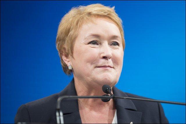 En quelle année Pauline Marois devient-elle la première femme ministre  du Québec ?