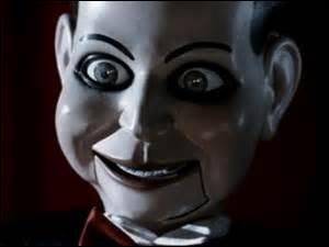 Reconnaissez-vous cette poupée ? Celle de Mary Shaw ? C'est celle du film...