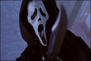 """Et ce tueur au masque ? Celui qui pose toujours la même question : """"Quel est ton film d'horreur préféré ?"""" ?"""