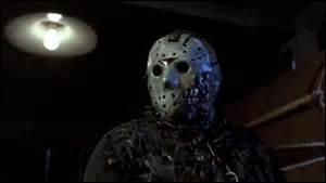 Reconnaissez-vous ce tueur au masque de hockey ? C'est celui de...