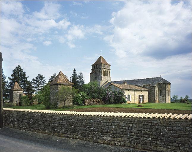 Autrefois en Deux-Sèvres, une chaudrounère était :