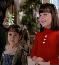 """Dans l'épisode """"Le pacte"""" quel démon contraint les 3 sœurs à voyager dans le temps?"""