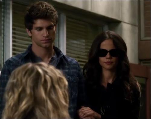 Qui est Toby pour Jenna ?