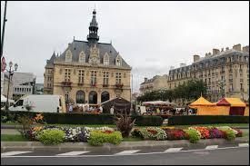 Connue pour son château, la ville francilienne de Vincennes se situe dans le département n° ...