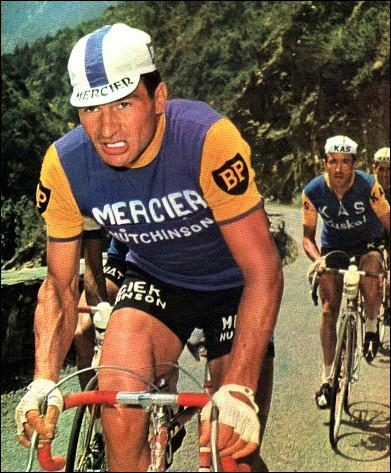 Raymond Poulidor est le détenteur des podiums du Tour avec...