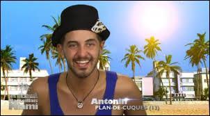 """Avec qui Antonin était-il en couple à la fin des """"Marseillais à Cancun""""?"""