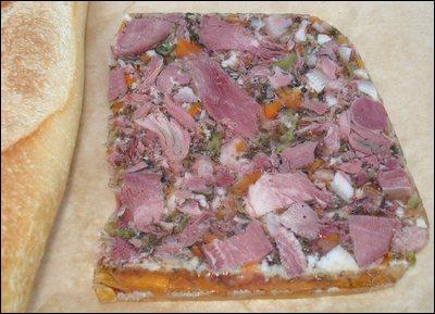 V comme viande. Quel nom porte cette préparation faite avec de la viande de porc ?