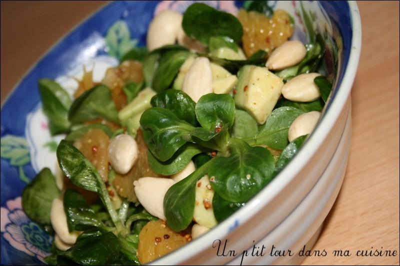"""S comme salade. Elle a pour nom """"doucette"""" selon la région."""