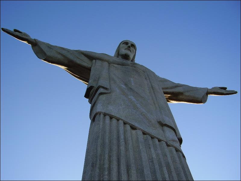 Dans quel pays se situe 'la statue du Christ Rédempteur' ?