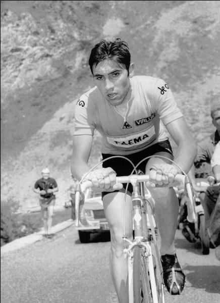 Qui est ce grand parmi les grands, ce héros belge qui remporta par cinq fois le Tour de France ?