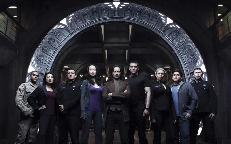 """Combien de saisons la série """"Stargate Universe"""" compte-t-elle ?"""