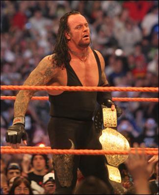 Sous quel nom a t-il débuté : The Undertaker