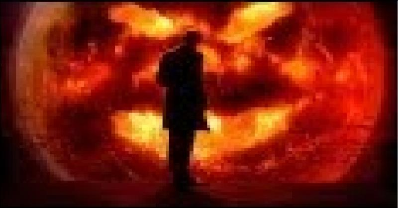 """Dans l'épisode «Les Anneaux d'Akhaten», quelle est l'autre façon d'appeler le """"grand dieu"""" ?"""