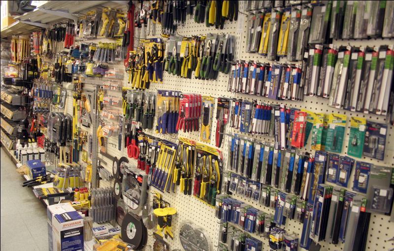 Q comme vendeur d'outils.