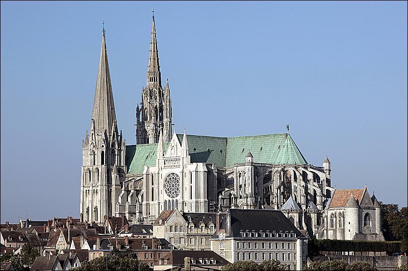 Centre, Beauce. Cathédrale nommée 'l'Acropole de la France' par Rodin.
