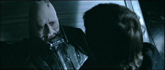 Que fait Luke avec le corps de son père ?