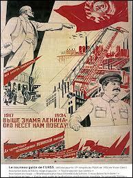 Le secteur économique prioritaire sous Staline se caractérise par :