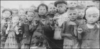 Quelles sont les personnes qui allaient dans les camps de concentration ? (réponse complète)