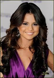 quizz selena gomez quiz celebrites selena gomez. Black Bedroom Furniture Sets. Home Design Ideas