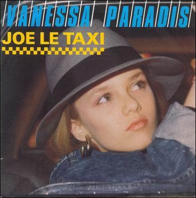'Joe le taxi' propulse, en 1987, Vanessa Paradis au rang de star. Combien d'autres de ses chansons ont atteint la 1ère place du top ?
