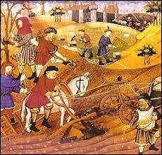 La vie au Moyen Âge était essentiellement rurale. Les paysans étaient largement majoritaires dans la société médiévale. Quelle était la proportion de la paysannerie par rapport à l'ensemble de la population ?