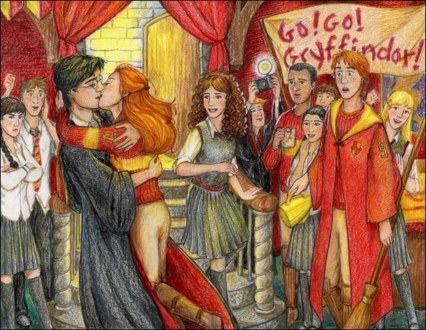 """De quel tome est extraite cette citation ? """"Harry tourna la tête et vit Ginny courir vers lui. Elle se jeta dans ses bras, le visage résolu, le regard flamboyant. alors, sans réfléchir, sans l'avoir prévu, sans se soucier des cinquante personnes qui les regardaient, Harry l'embrassa."""""""