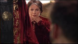 Dans un film Doctor Who, le Docteur dit qu'il a un côté humain en lui, qui lui a été légué par sa mère. Est-ce vrai?