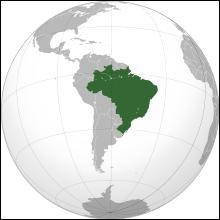 La capitale de ce pays est Brasilia et les villes principales sont Rio de Janeiro, São Paulo, Manaus et d'autres. C'est le pays le plus peuplé d'Amérique latine avec ses 201 millions d'habitants. D'ailleurs la Coupe du monde de football 2014 se déroule dans ce pays. C'est..