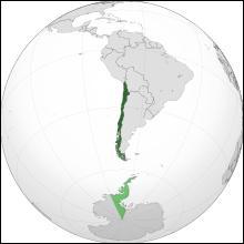 La capitale de ce pays est Santiago et la superficie totale est de 757 000 km2 pour une population très faible de 16, 6 millions d'habitants. La présidente actuelle est Michelle Bachelet. C'est..