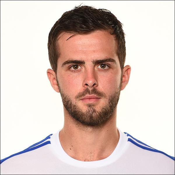 Comment se nomme cette star de l'équipe de la Bosnie-Herzegovine ?