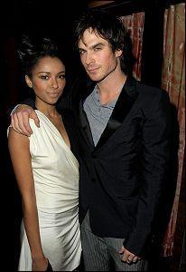 [ Pour que se soit un couple il faut qu'il y ait plus qu'un bisous ! ] Est-ce que ce couple a existé ? ( Bonnie et Damon )