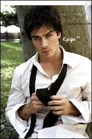 Comment s'appelle cet acteur de Vampire Diaries?