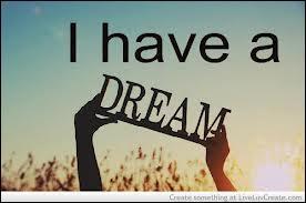 """De qui sont les mots célèbres """"I have a dream"""" (je fais un rêve) prononcé au début d'un long discours qui a marqué l'histoire ?"""