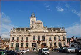 Nous commençons cette nouvelle promenade par une visite de la ville d'Aire-sur-la-Lys. Nous sommes en région ...