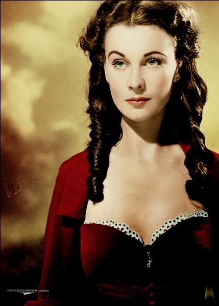 Margaret Mitchell a fait de moi un personnage orgueilleux et têtu. Mais le sang irlandais qui coule dans mes veines m'a également donné le courage de sauver les miens ainsi que Tara, la plantation familiale. Quant à Rhett Butler, le vent l'a emporté loin de moi.