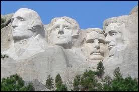 Le mont Rushmore se trouve aux USA, mais dans quel État se trouve-t-il ?