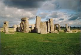 Stonehenge est un des plus grands mystères jamais résolu au monde, mais dans quel pays se trouve-t-il ?